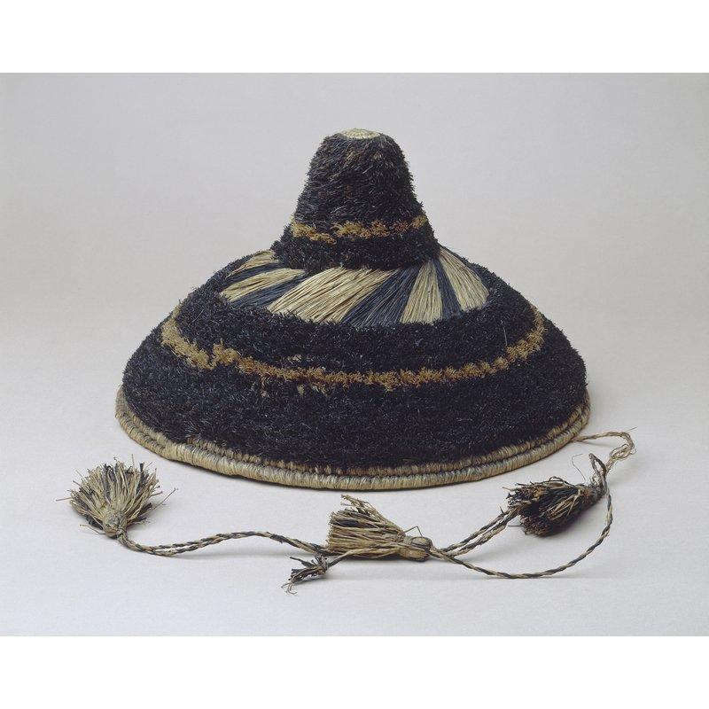 Tufted Raffia Hat