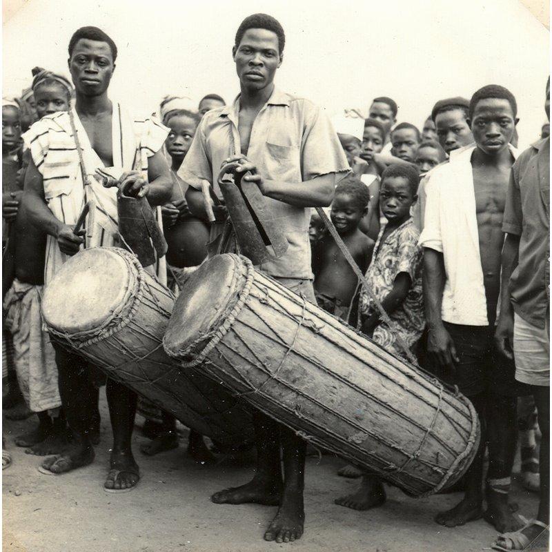 Limba majorli (happy song at end of rice planting)