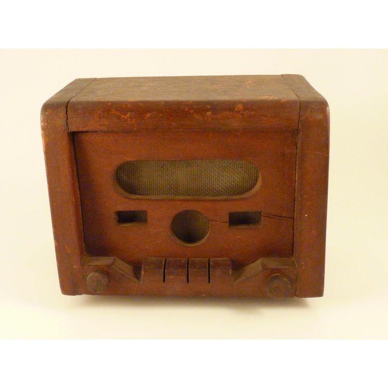 Wooden Model Radio