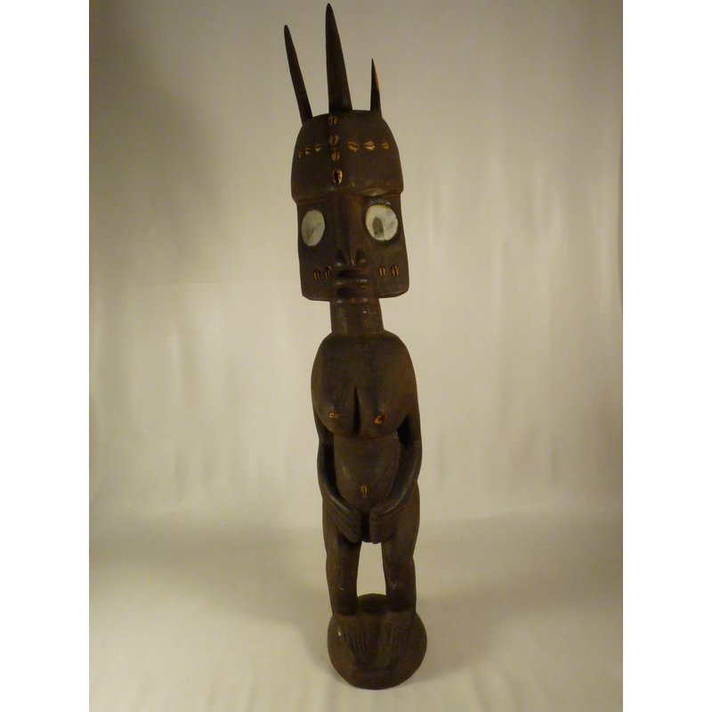 Mammy Dura Figure
